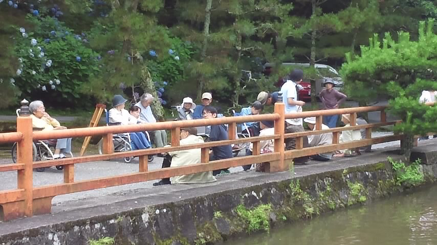 奥田の蓮池